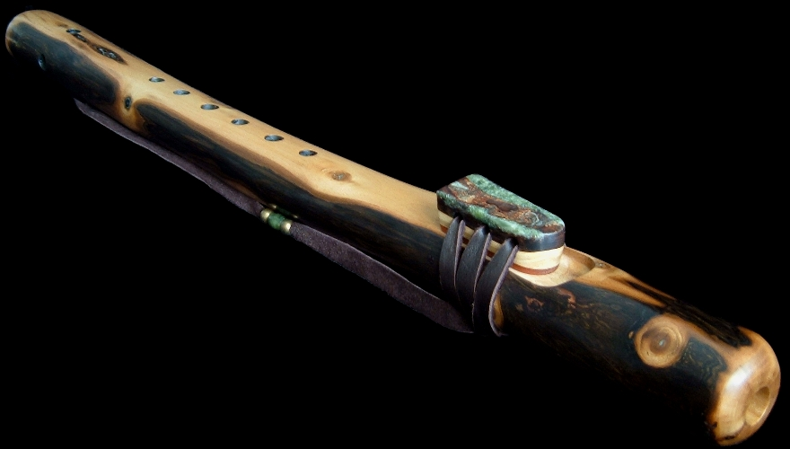 Walnut Branch Flute in F#m from Dryad Flutes